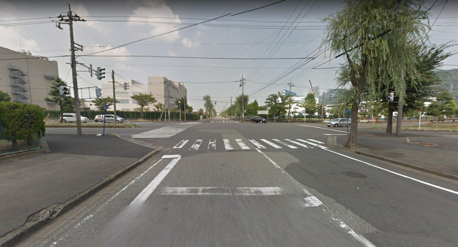 【運転】地元に初見殺しな道路ある?この画像は近所の左折トラップ