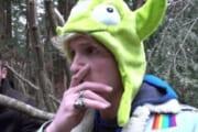 【悲報】アメリカの大人気youtuber、富士の樹海の自殺者を発見。ライブ配信をして炎上